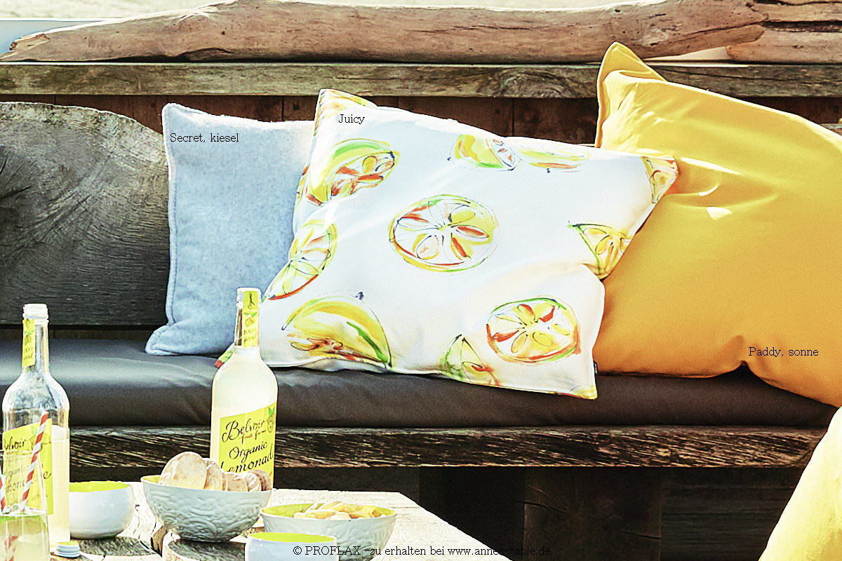 annes table juicy print with lemon and orange motives cushion cover sorbet online shopping. Black Bedroom Furniture Sets. Home Design Ideas